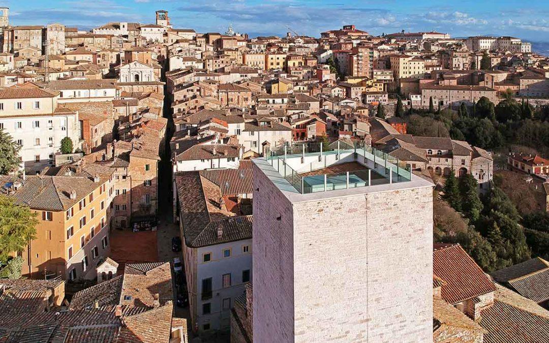 Sistema anticaduta (linea vita) complesso degli Sciri in centro a Perugia